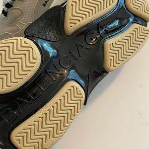 Balenciaga Shoes - Balenciaga size 44 men's shoes only worn once